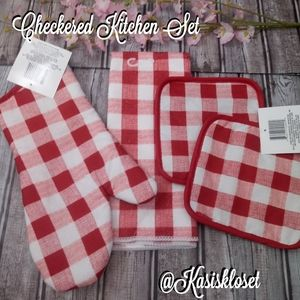 🍩2/$20🍩 Country Style Red & White Checkered Set